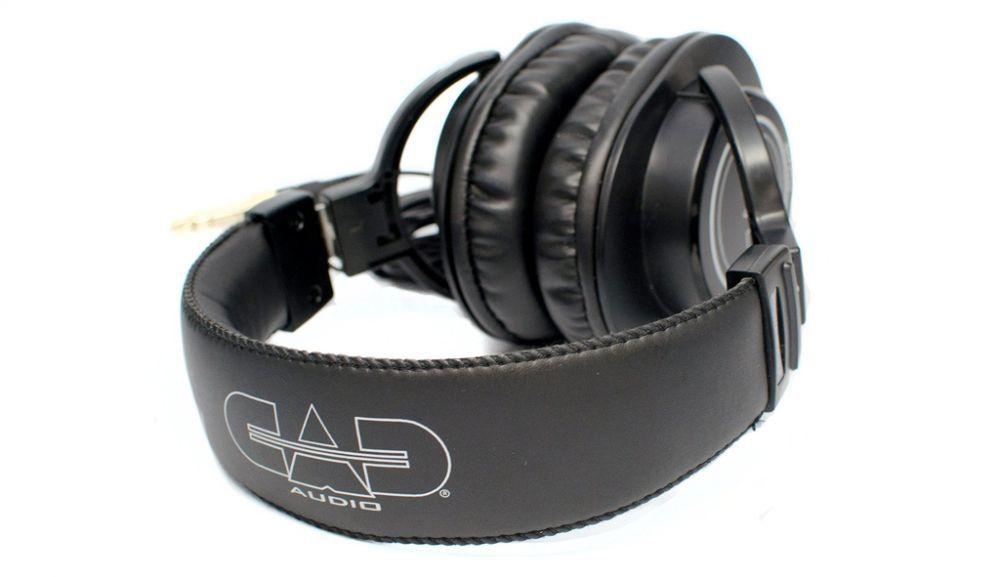 Cad audio mh210 closed back headphones 03 1000x577 1453114705q80