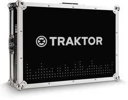 Img ce traktor accessories flight case 02 closed 3b967b5ae7e1119af429905a103a86bd d