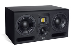 Studio monitor type30 hedd 17